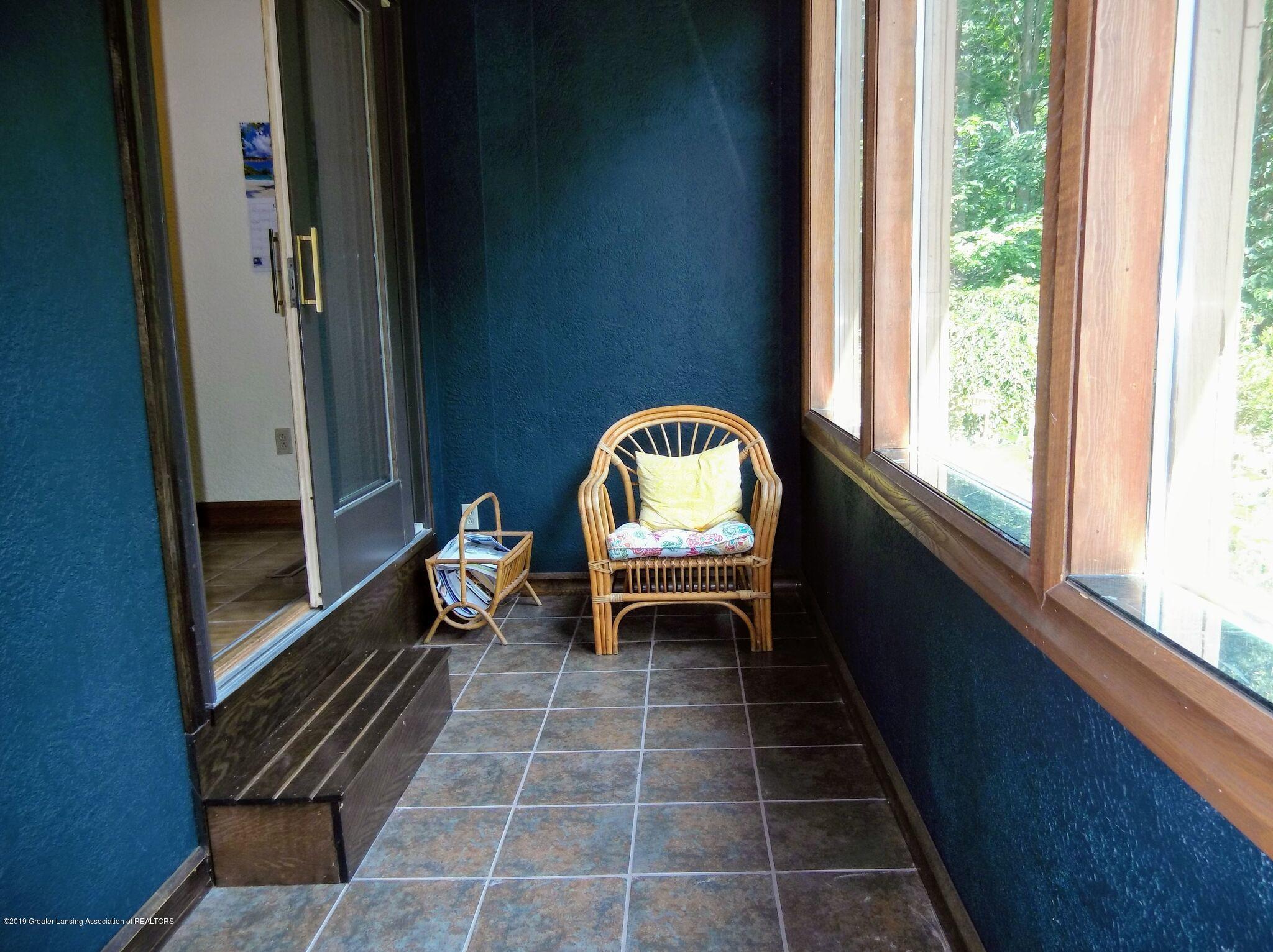 8144 Corrison Rd - Sun Room - 32