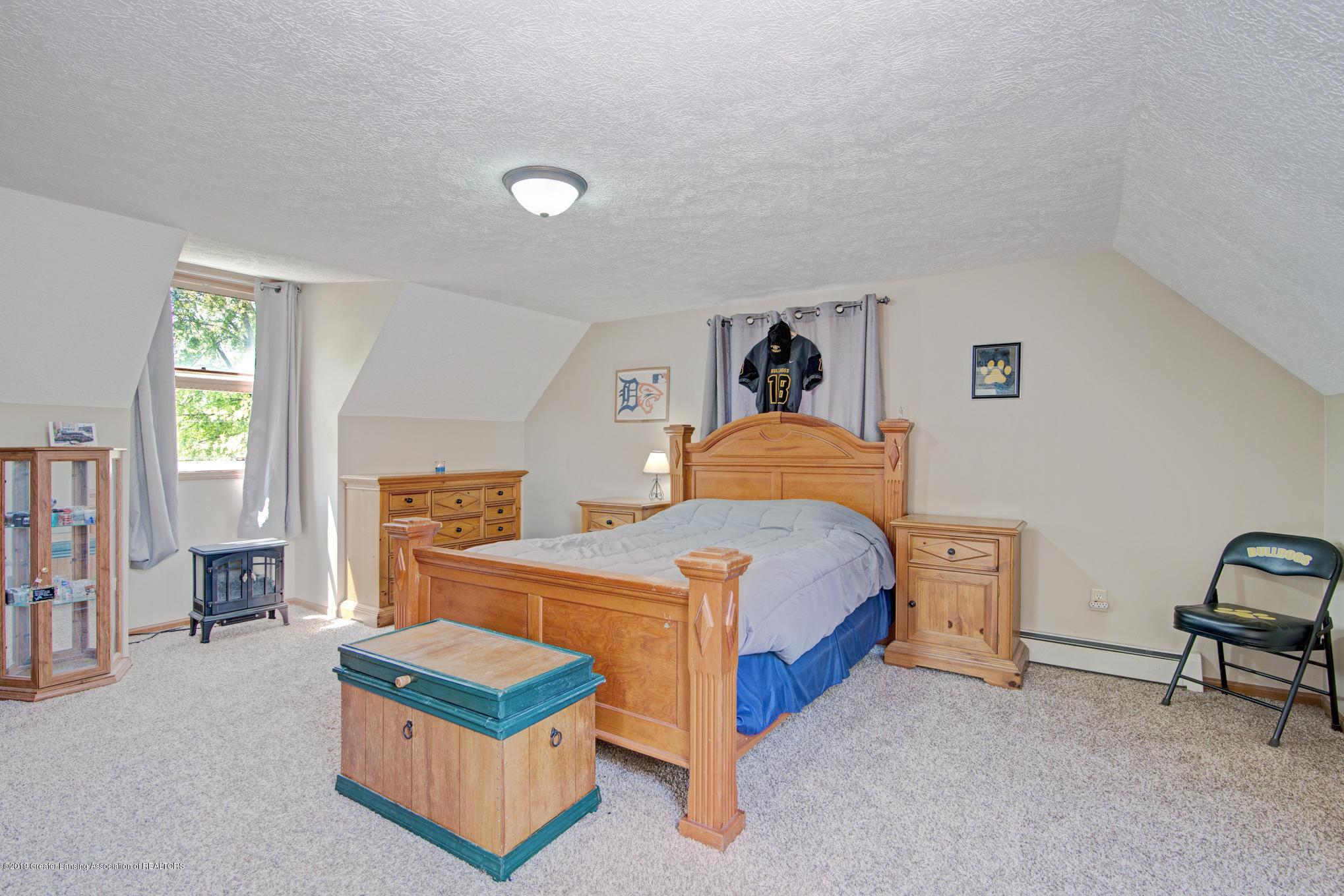 735 E Church St - Bedroom 4 - 17