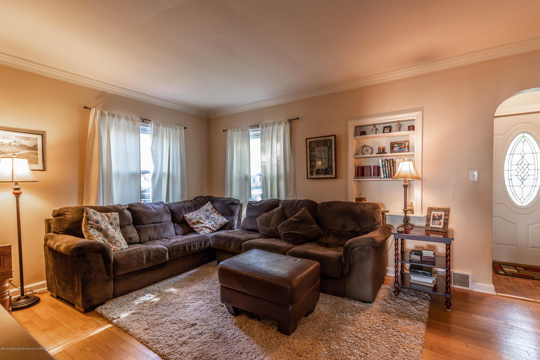 812 Downer Ave - Living Room - 6