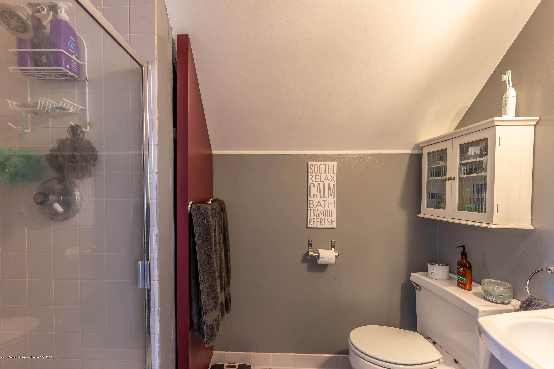 812 Downer Ave - Master Bath - 23
