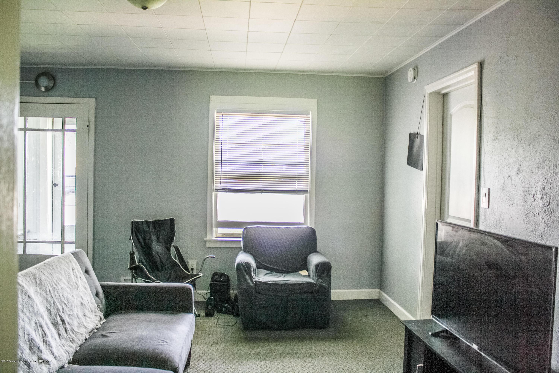 825 N Hagadorn Rd - Living Room - 4