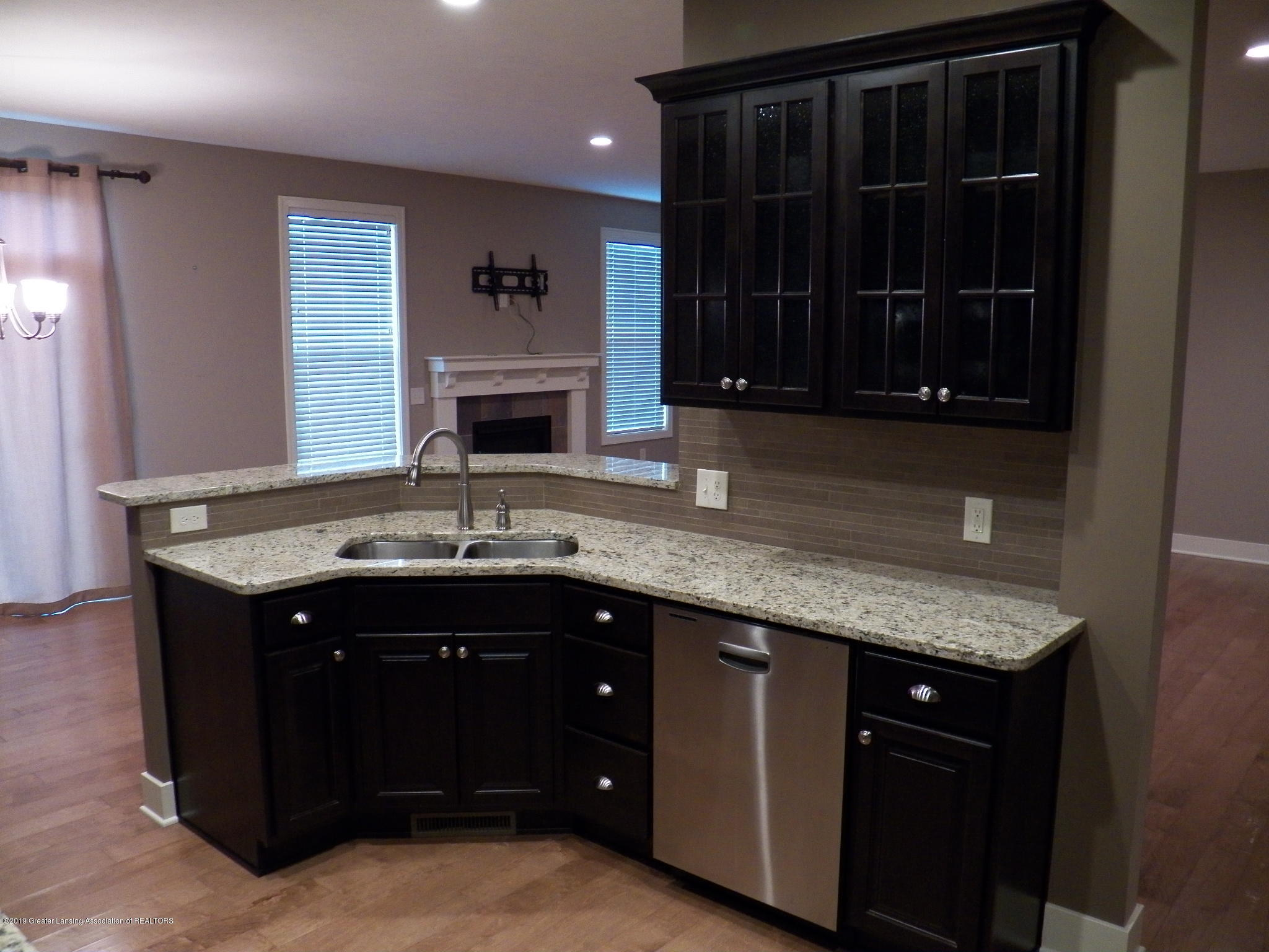 10711 Ireland Dr - kitchen 2 - 5