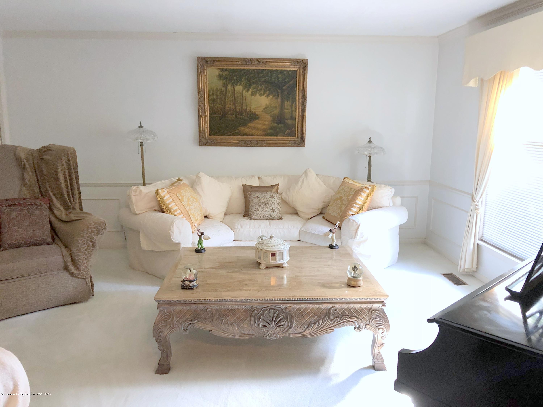 1132 Hillgate Way - Living Room - 4