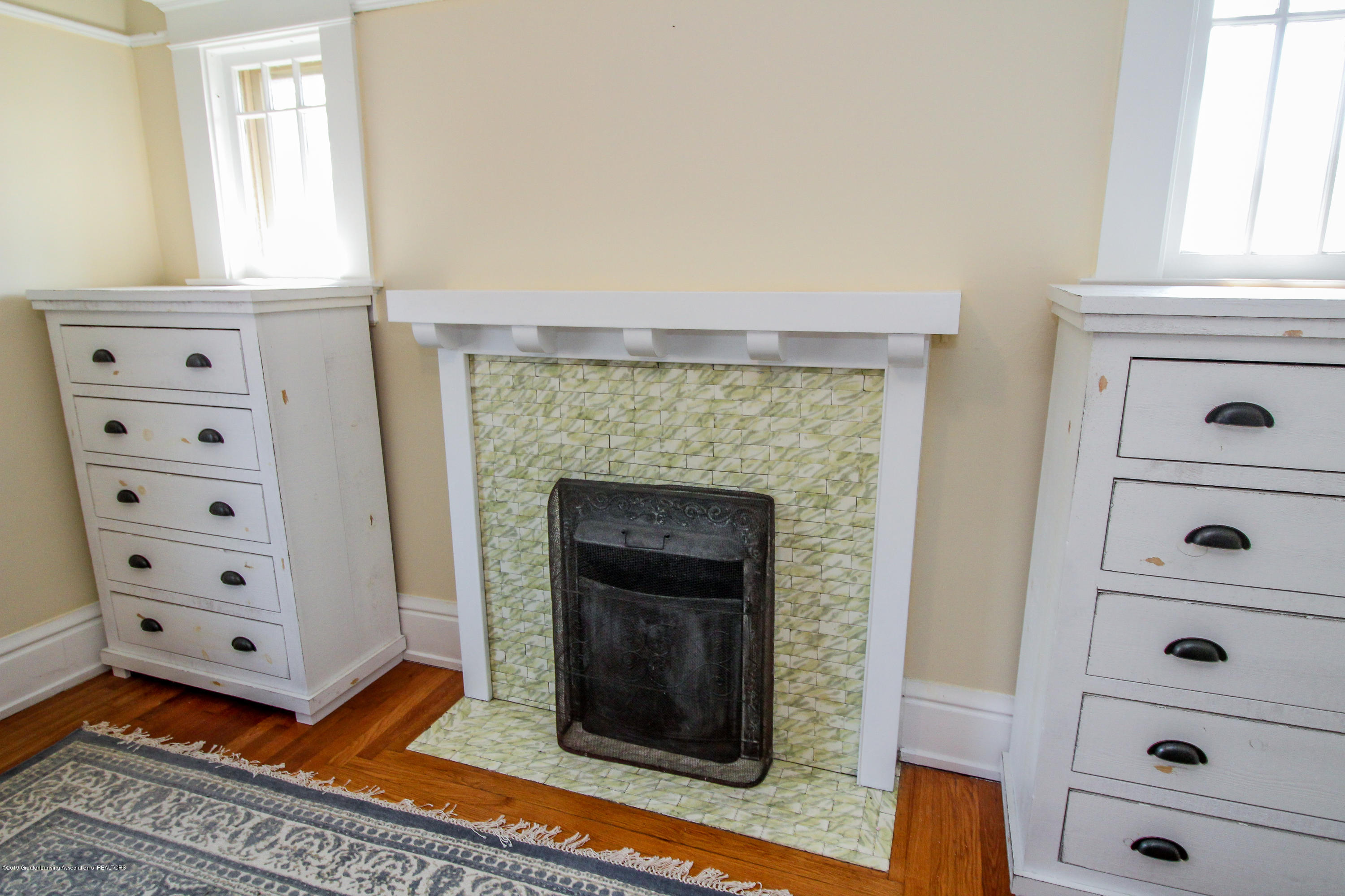 200 W Cass St - Fireplace - 40