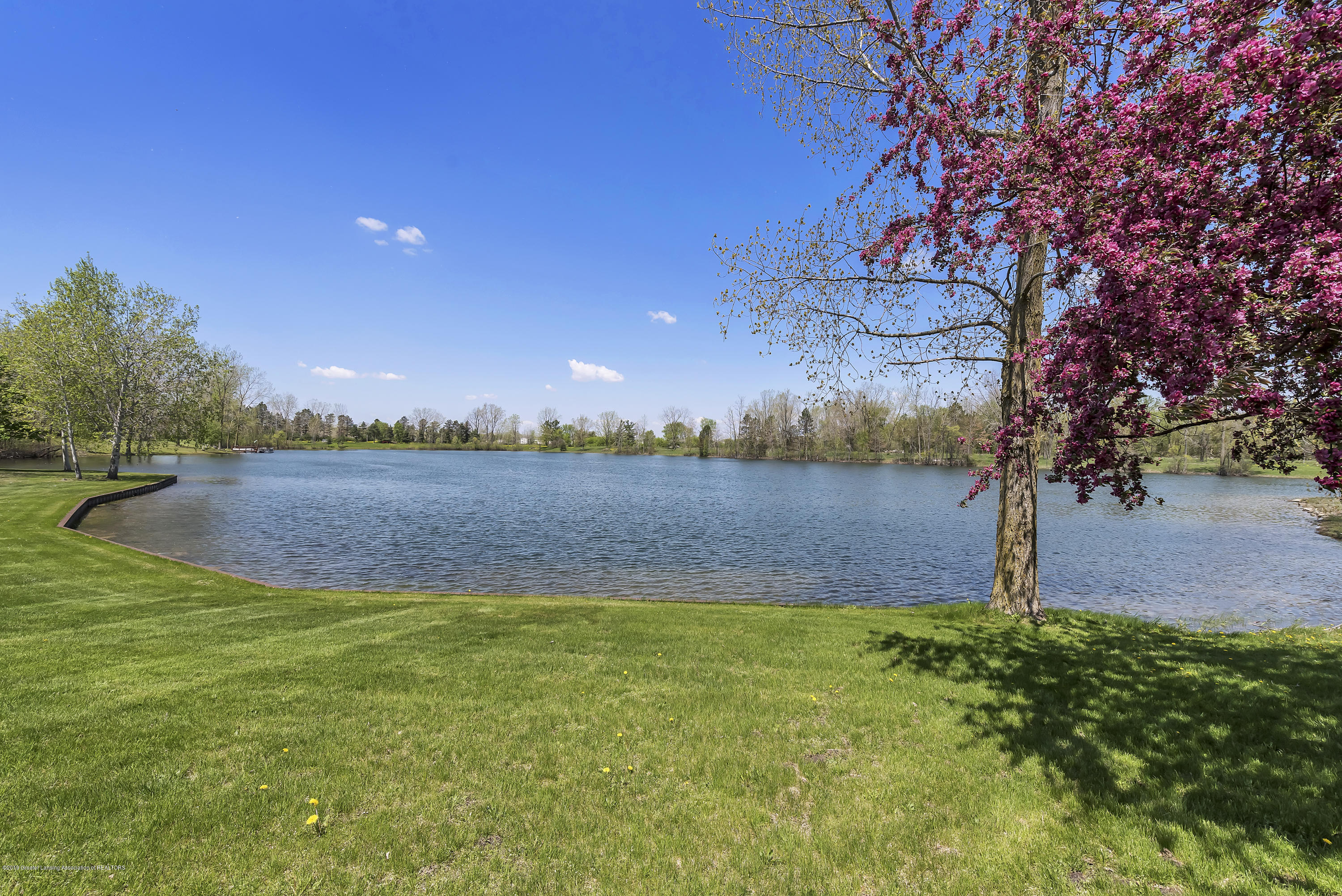 8558 Ironstone - Outside View - 33