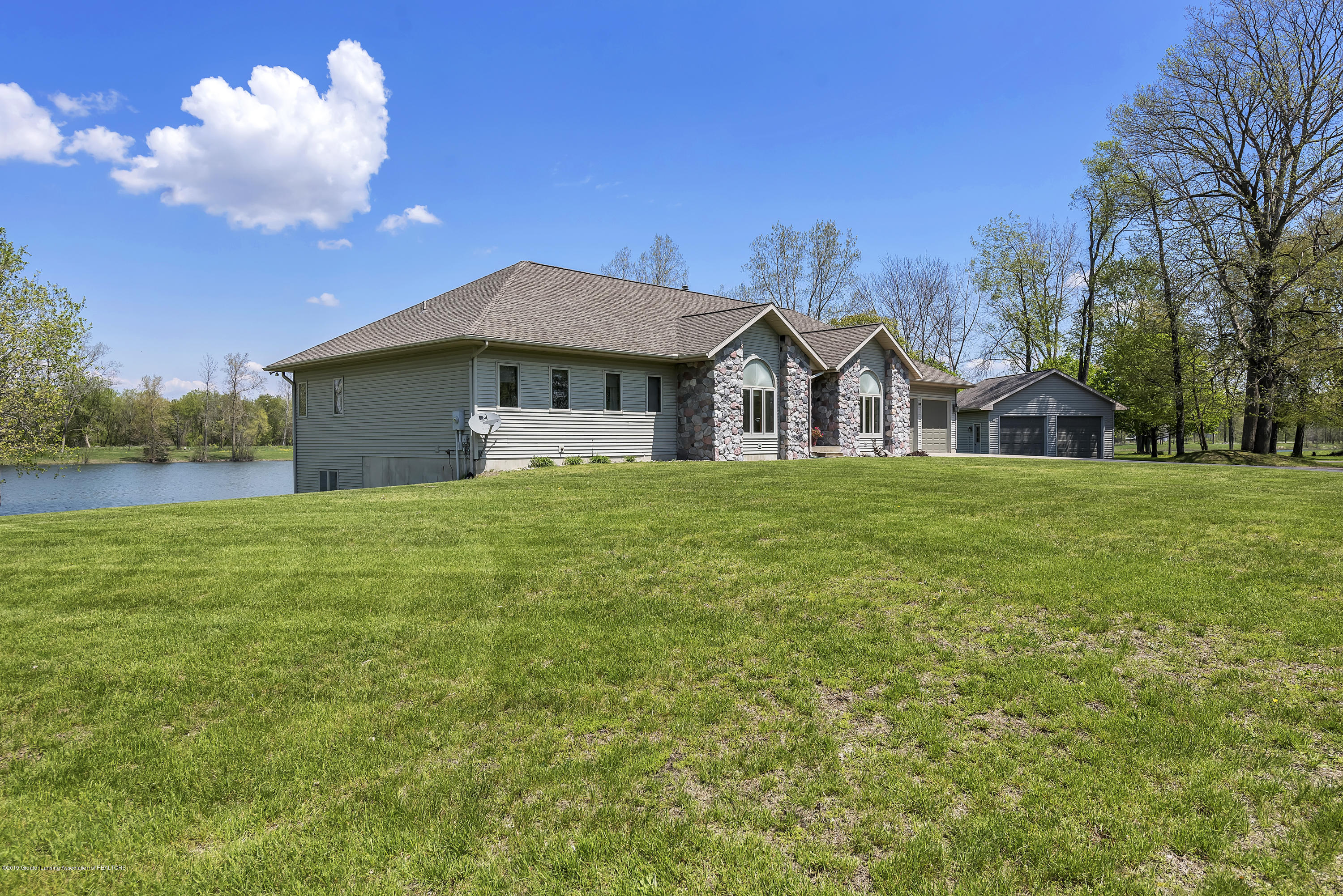 8558 Ironstone - Front View - 38