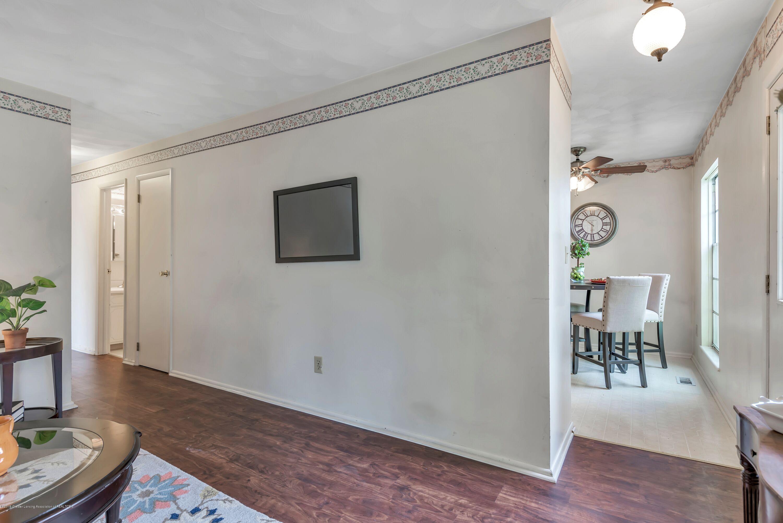 514 Fenton St - Living Room3 - 6