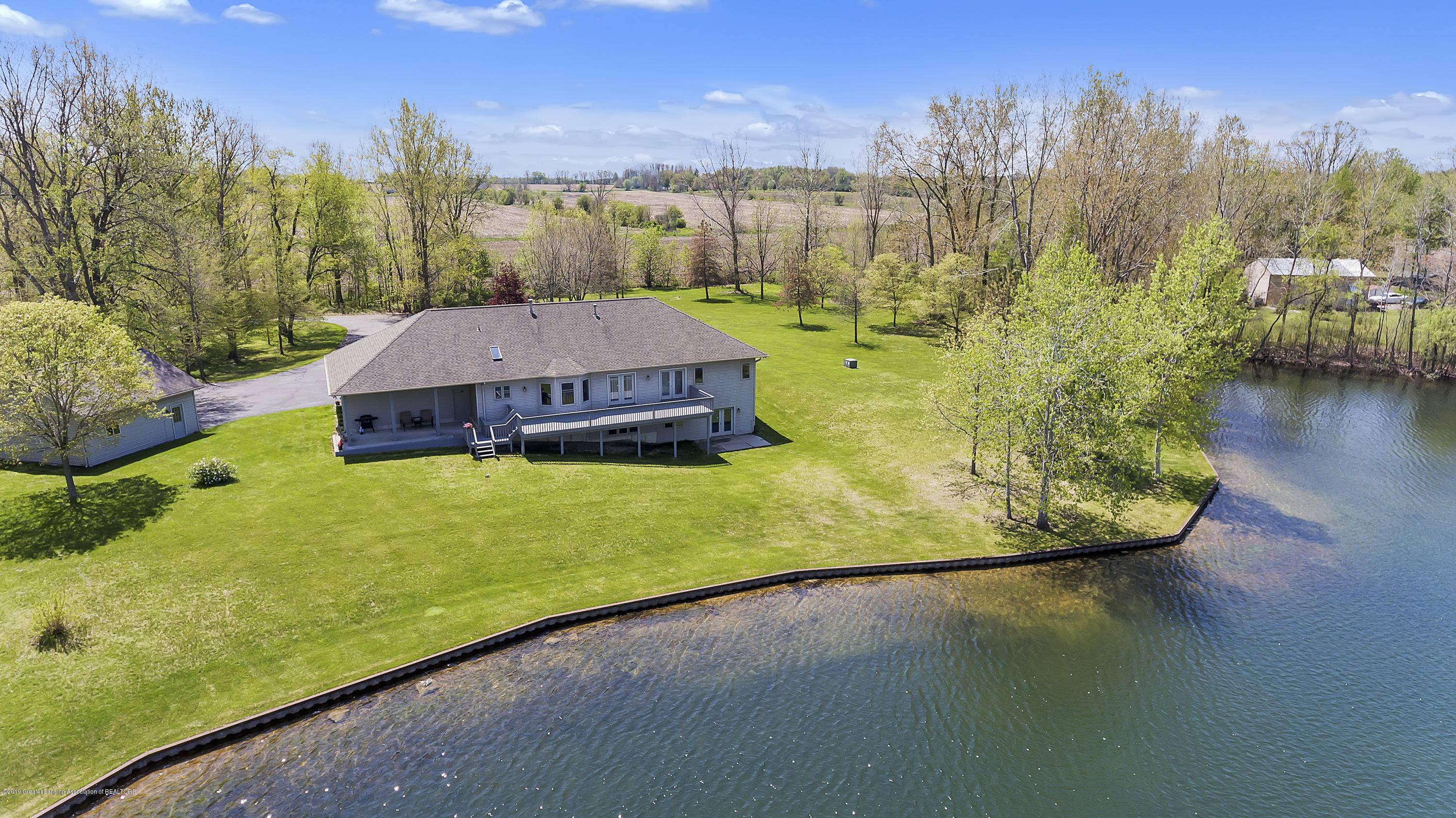 8558 Ironstone - Top view of house and lake - 47