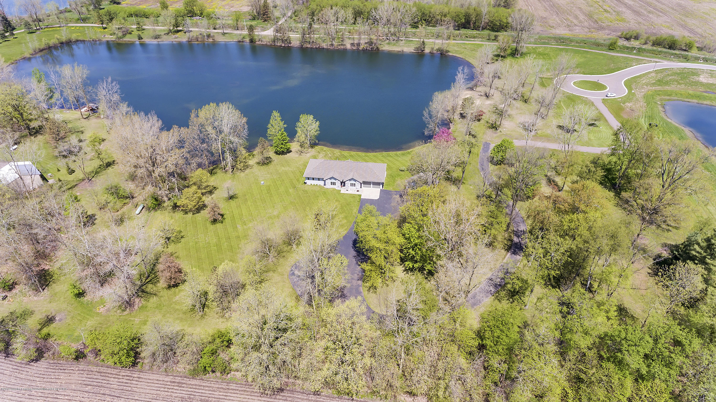 8558 Ironstone - top view - 52