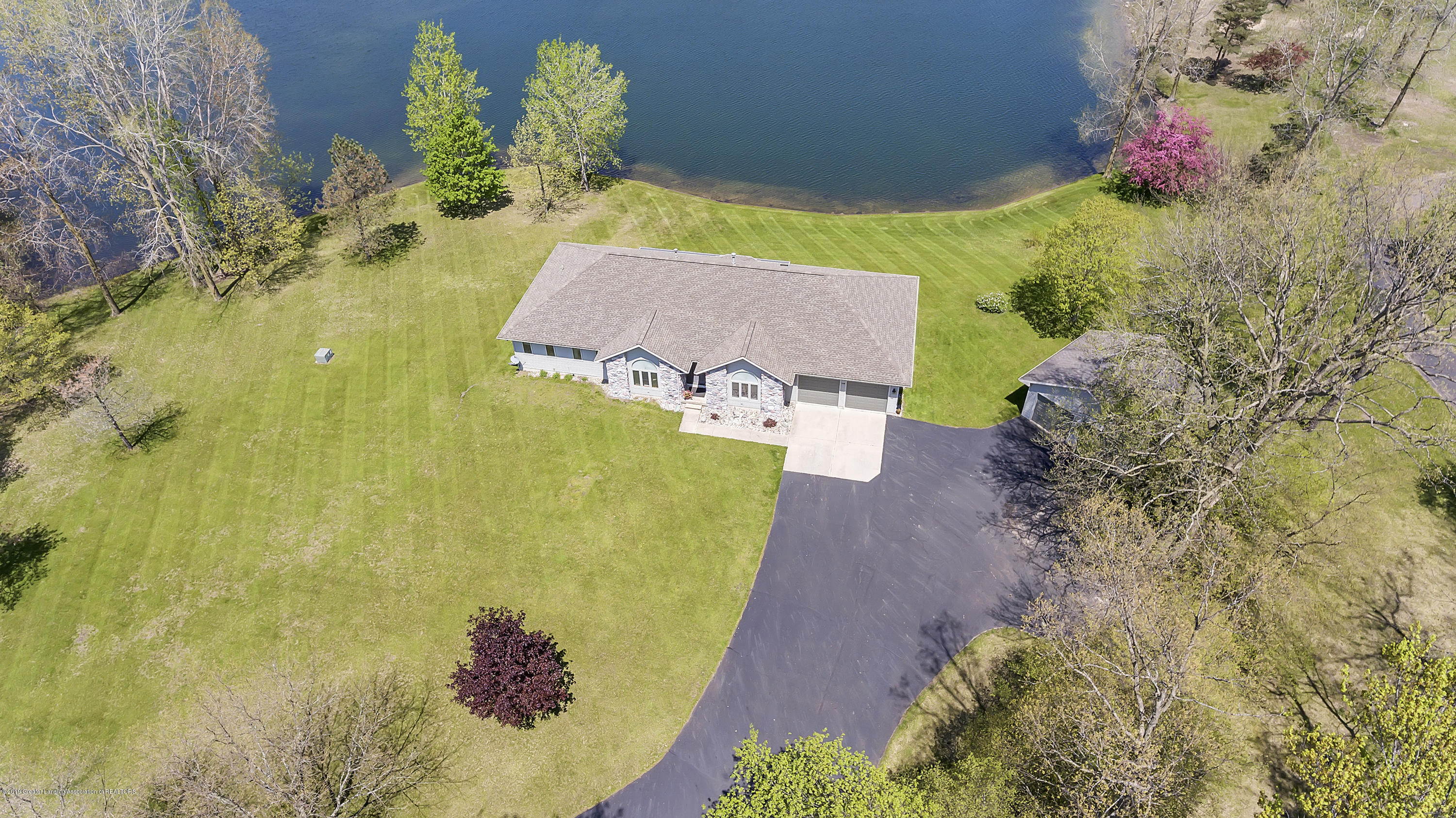 8558 Ironstone - top view - 53