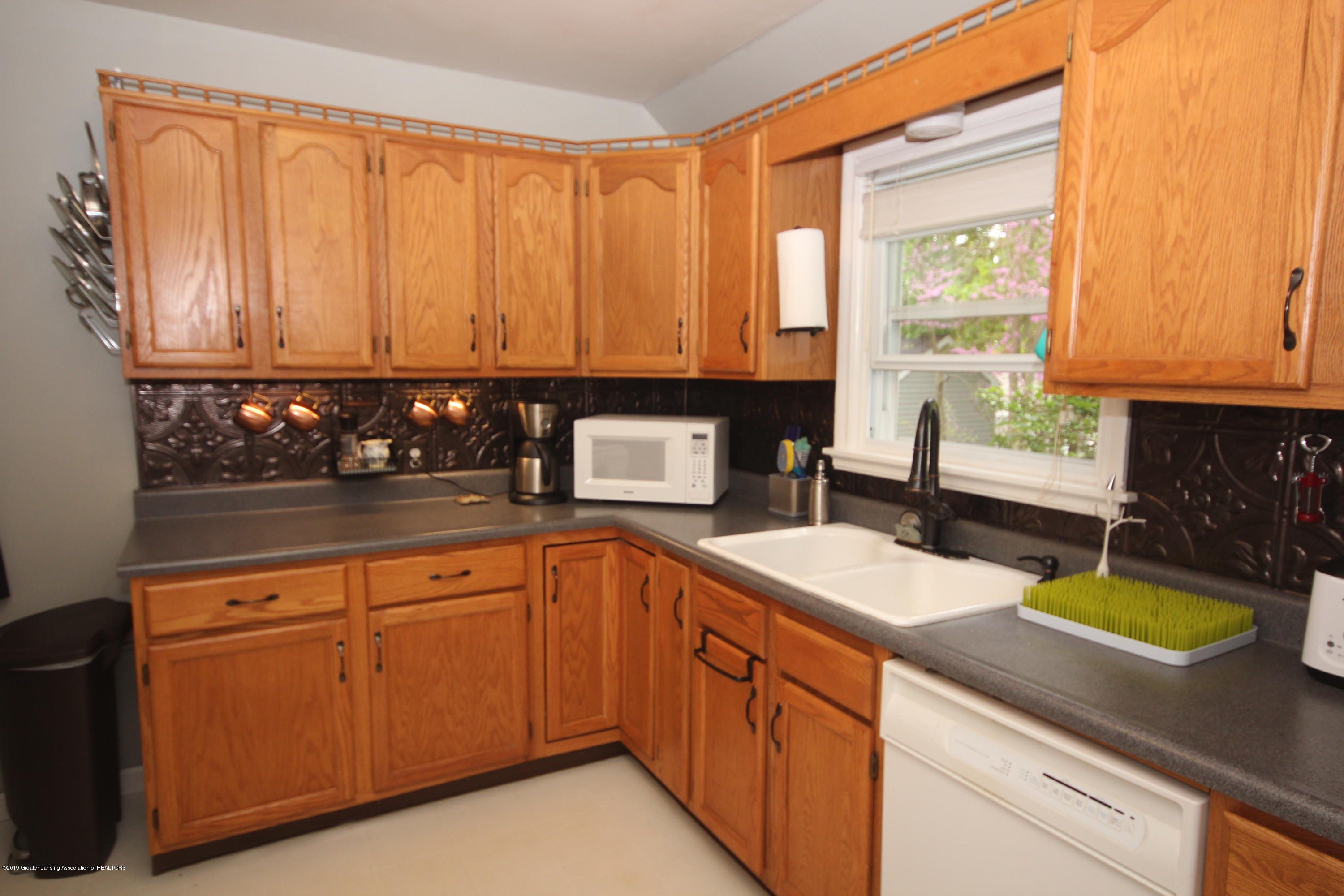 721 Downer Ave - Kitchen - 8