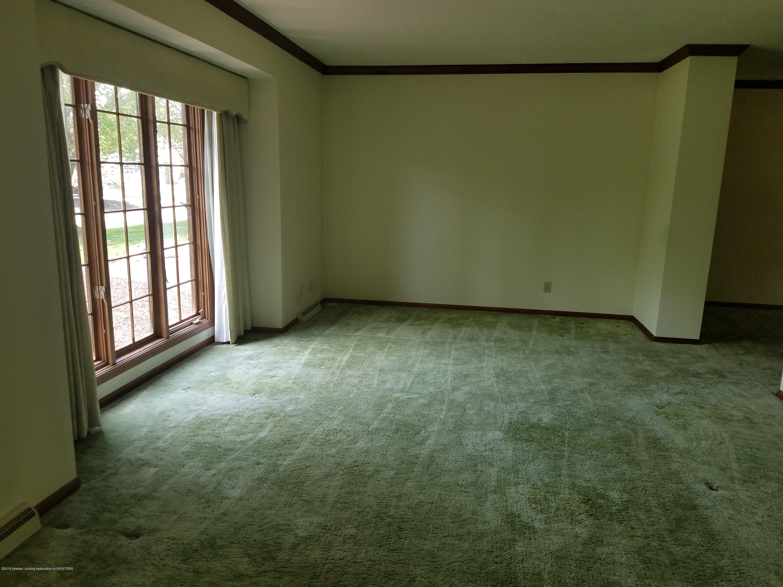 4428 Seneca Dr - Livingroom - 4