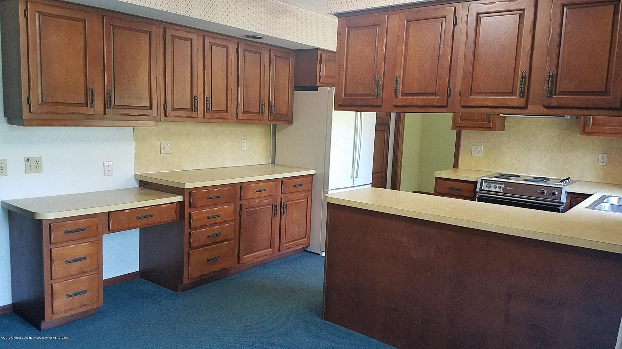 4428 Seneca Dr - Kitchen - 6