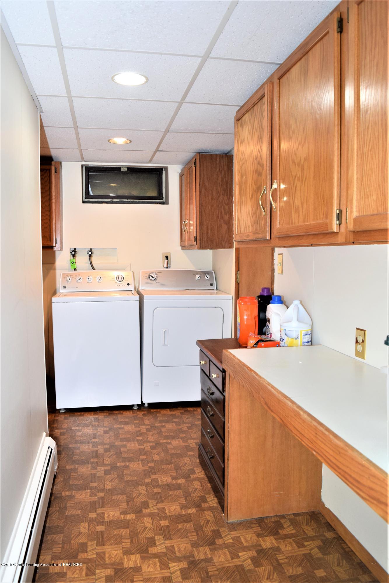 1551 Greenview Ave - DSC_0121 - 34