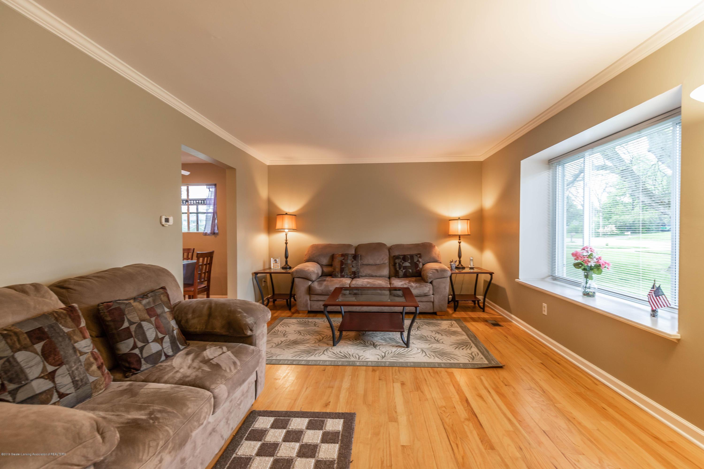 1825 N Harrison Rd - Living Room - 4