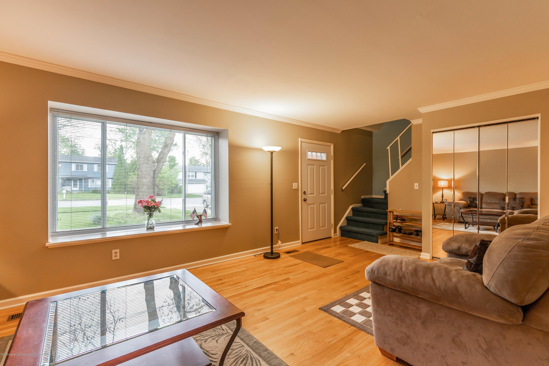 1825 N Harrison Rd - Living Room - 5