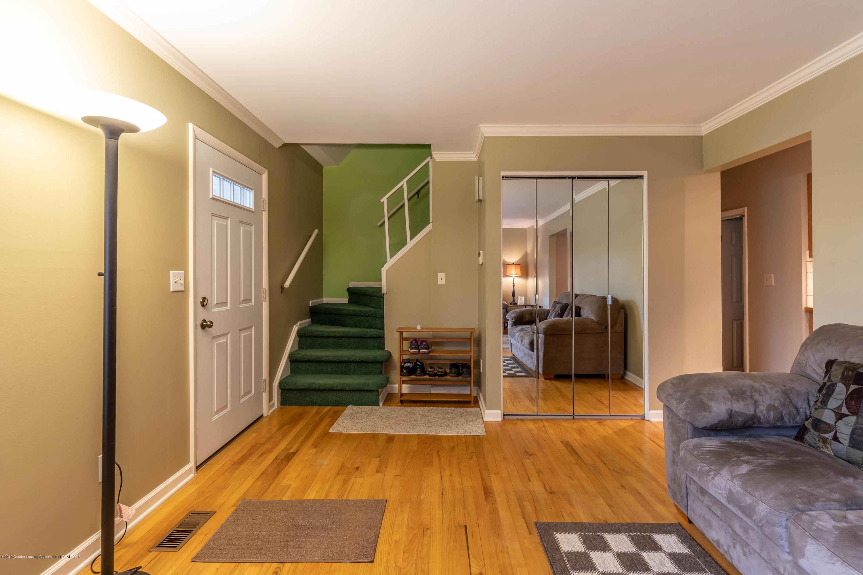 1825 N Harrison Rd - Living room - 6