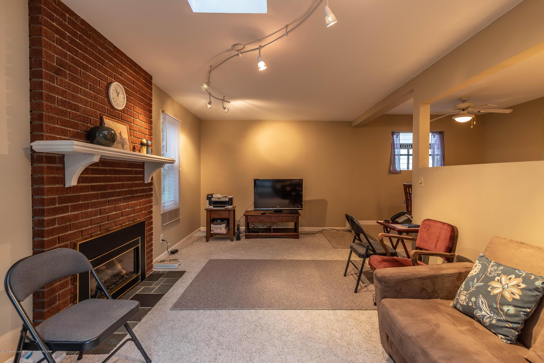 1825 N Harrison Rd - Family Room - 13