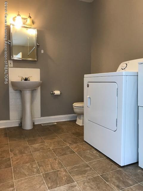 217 S Hosmer St - Laundry room - 15