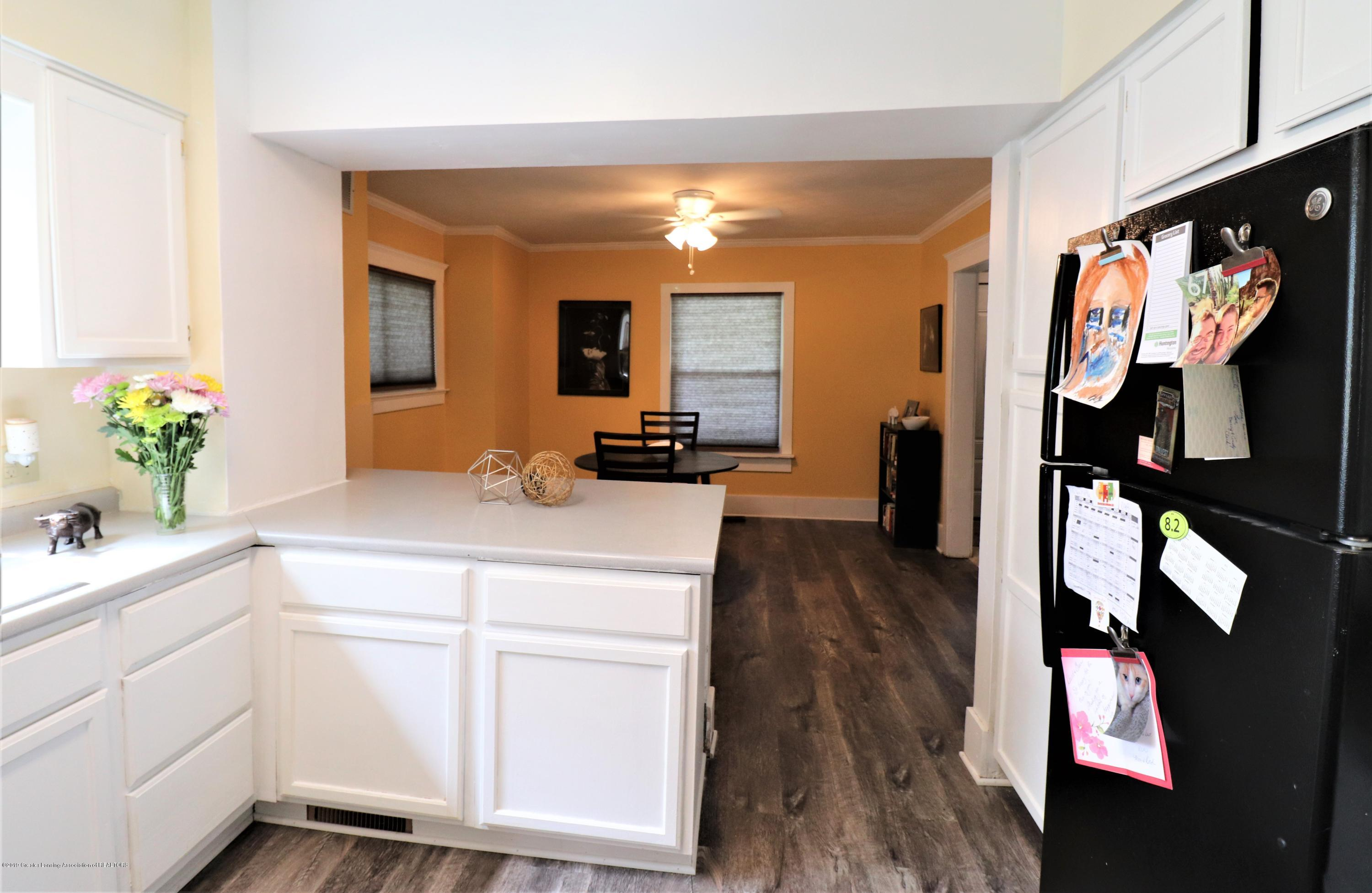 515 W Morrell St - 8 Kitchen 2 Dining - 8