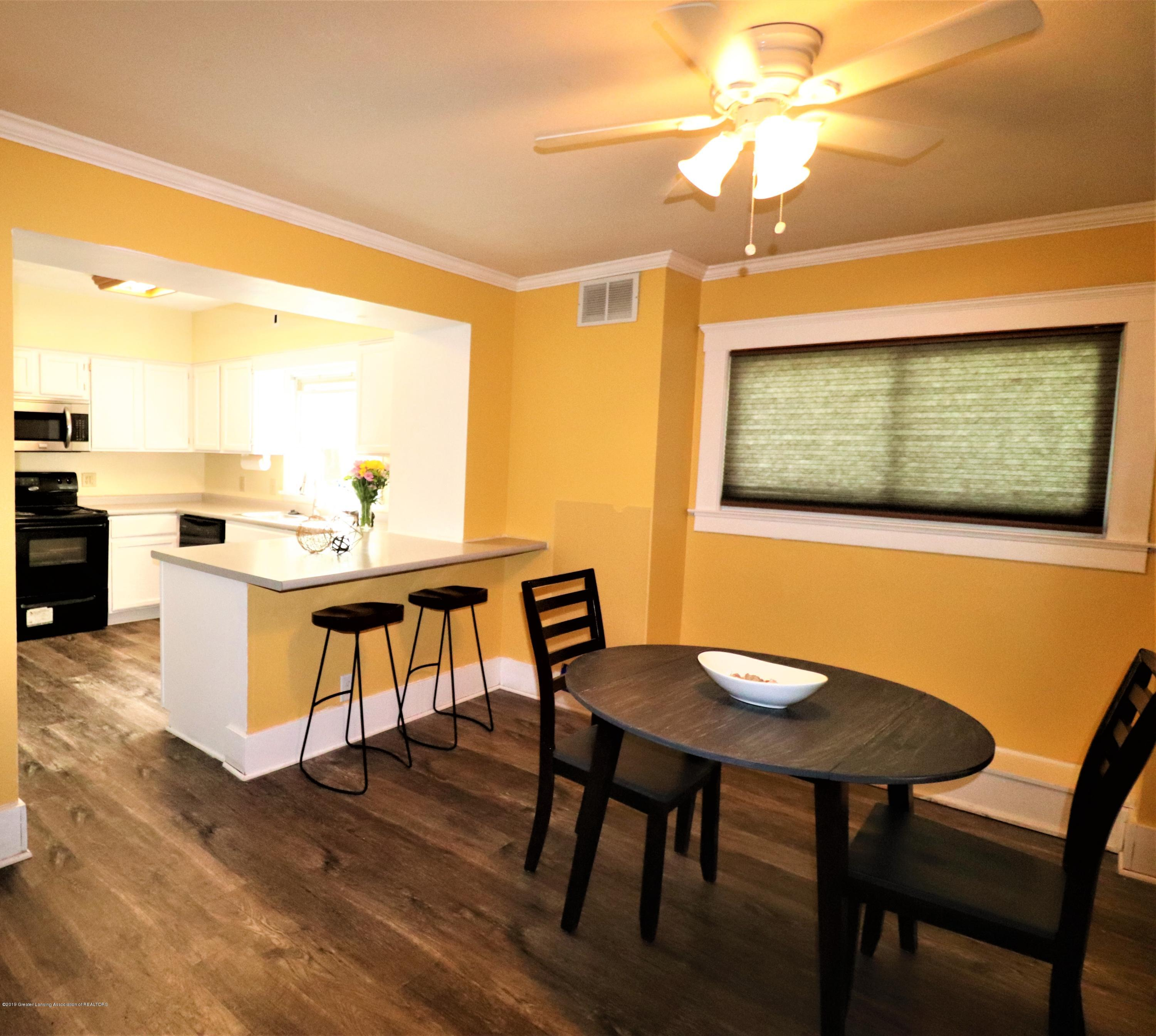 515 W Morrell St - 11 KItchen  dining - 11