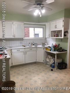 1212 Walsh St - Kitchen - 4