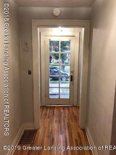 1212 Walsh St - Hallway - 2