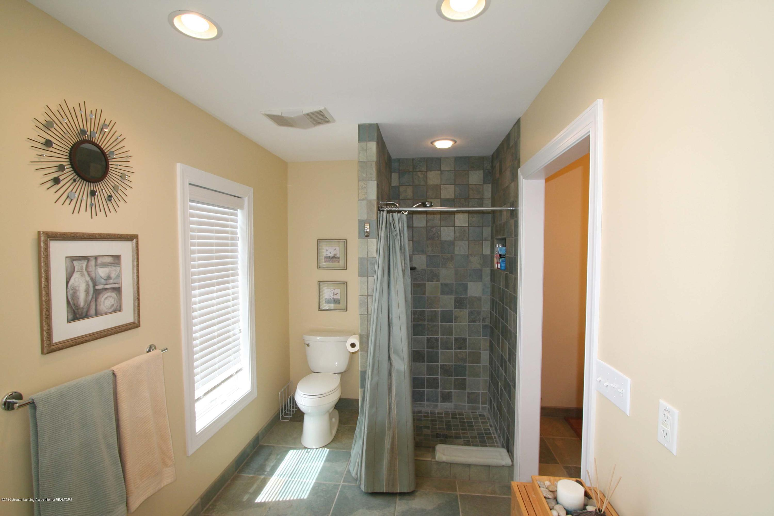 4271 Anderson Rd - 040 - 40