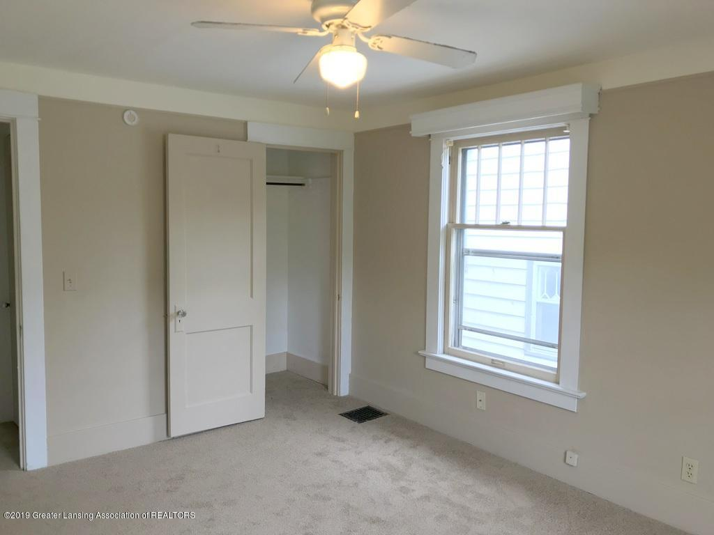 206 Clifford St - new carpet bedroom - 6