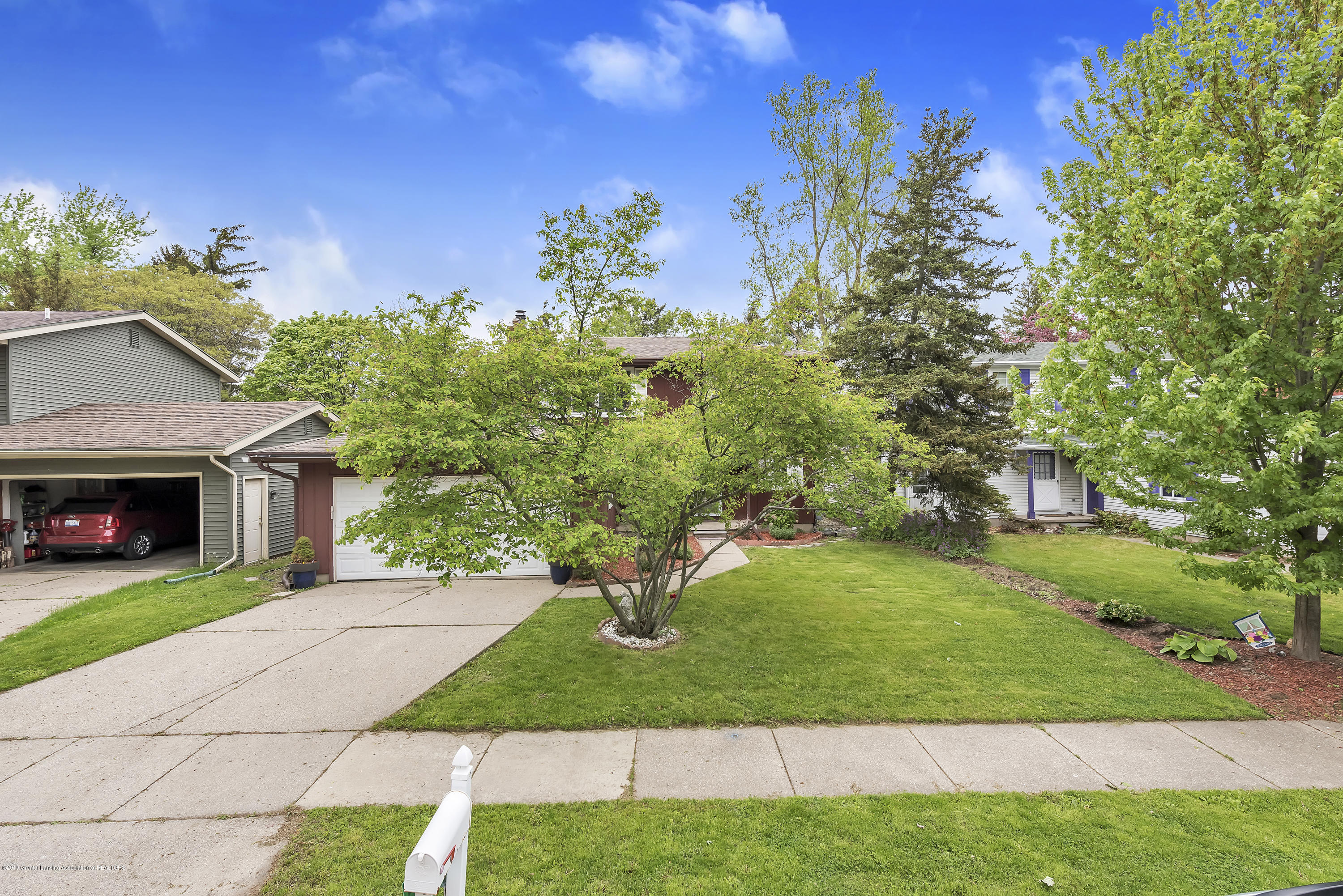 1336 Chartwell Dual Carriage Way - 1336-Chartwell-Duel-Carriage-Way-South-E - 4