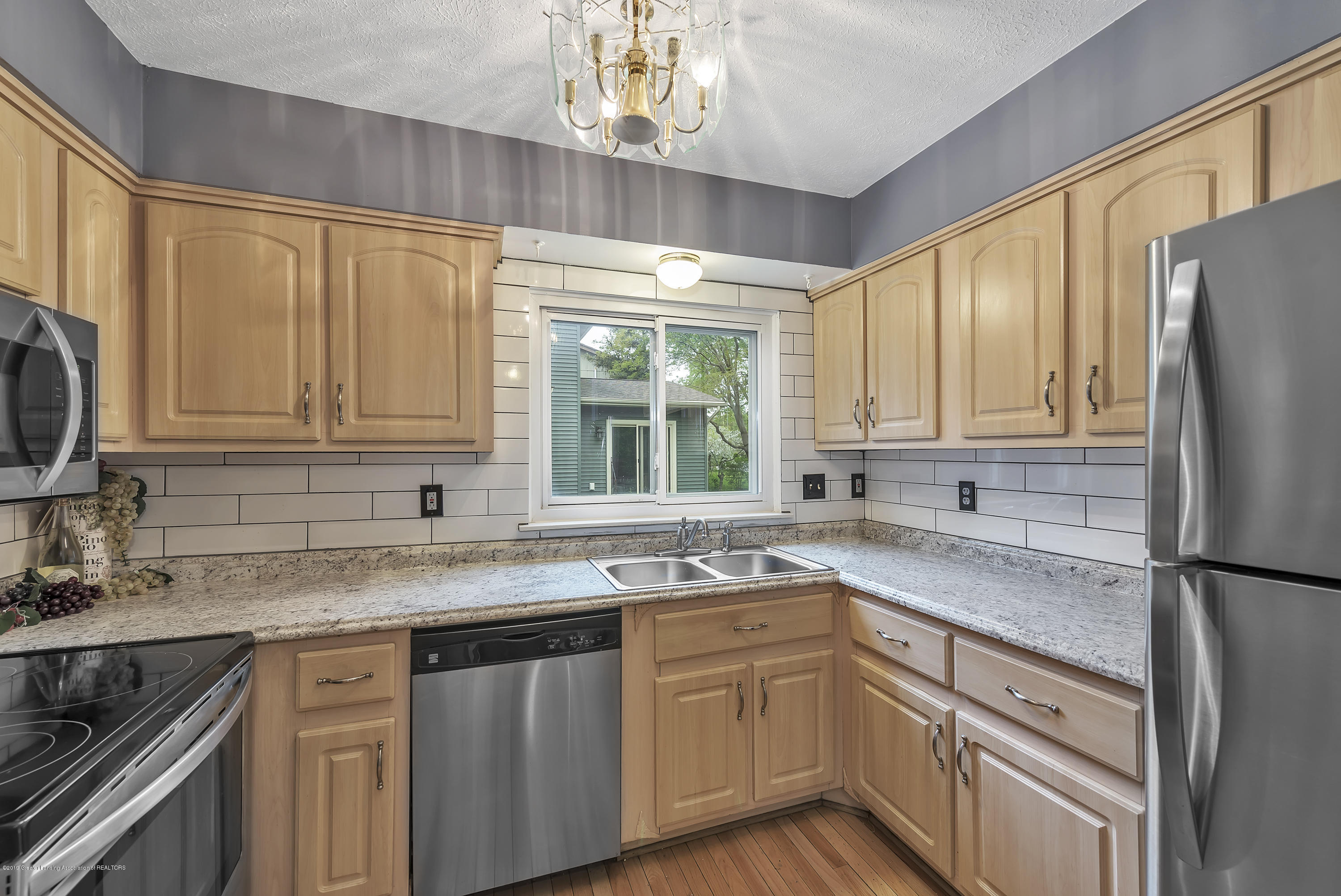 1336 Chartwell Dual Carriage Way - 1336-Chartwell-Duel-Carriage-Way-South-E - 13