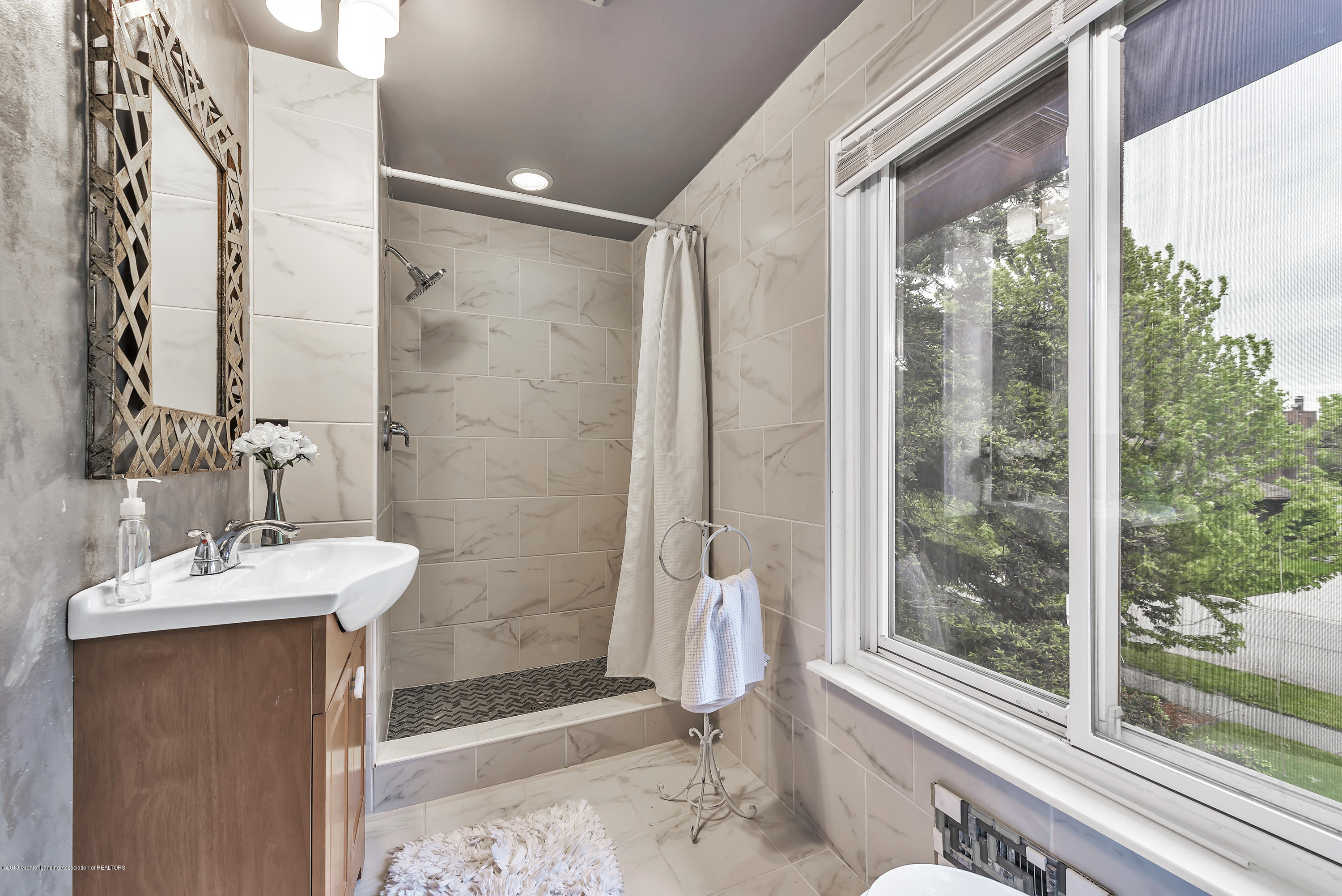 1336 Chartwell Dual Carriage Way - 1336-Chartwell-Duel-Carriage-Way-South-E - 22