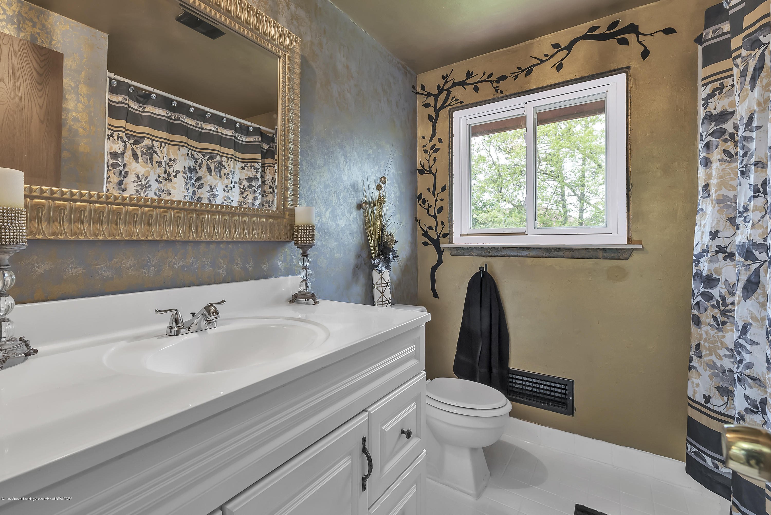 1336 Chartwell Dual Carriage Way - 1336-Chartwell-Duel-Carriage-Way-South-E - 27