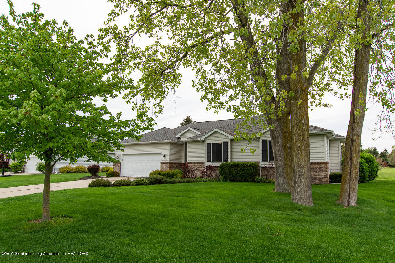 1025 Crandell Dr - Welcome home! - 1