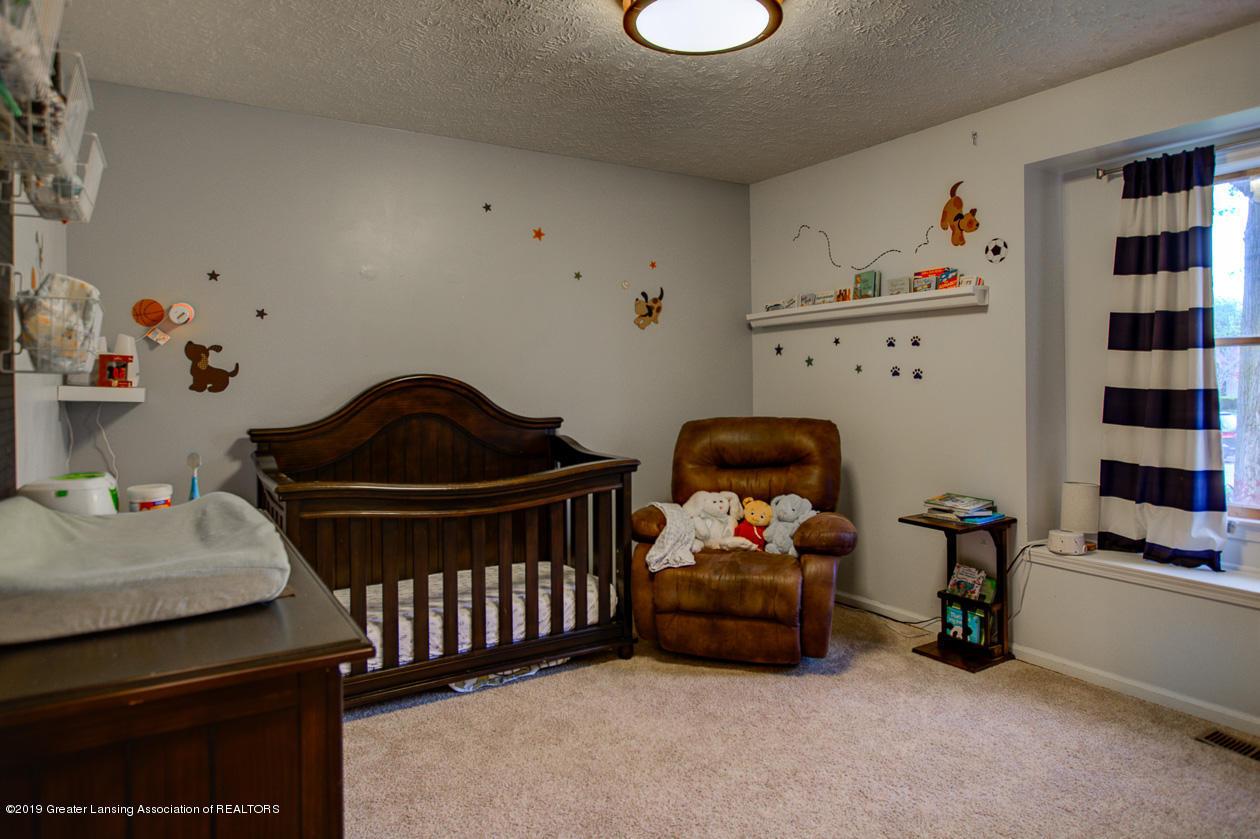 1025 Crandell Dr - Bedroom 2 - 19