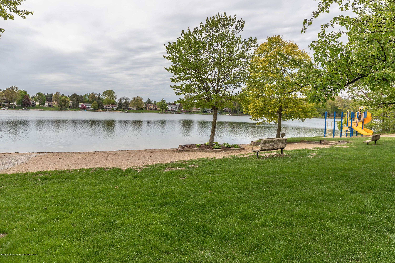 1236 Sandhill Dr - Lake Geneva - 57