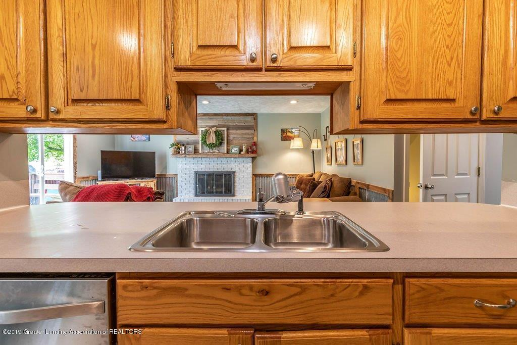 1019 Killdeer Dr - 9 killdeer kitchen - 9