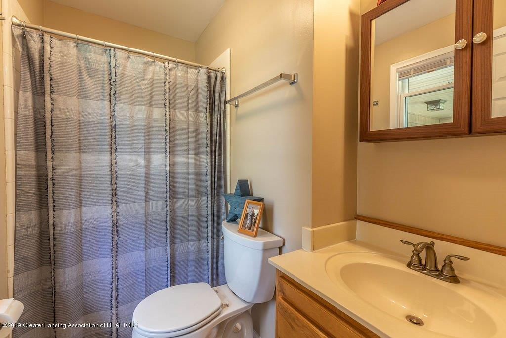 1019 Killdeer Dr - 20 killdeer Master Bath - 20
