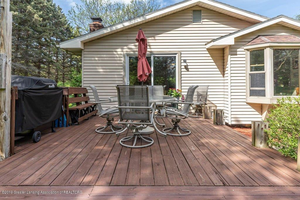 1019 Killdeer Dr - 30 killdeer porch - 30