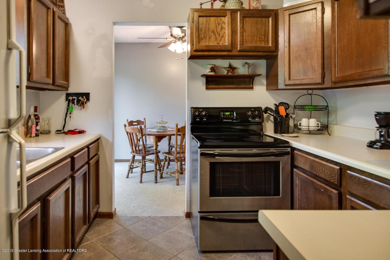 3078 Farmlane - Kitchen to Dining - 13