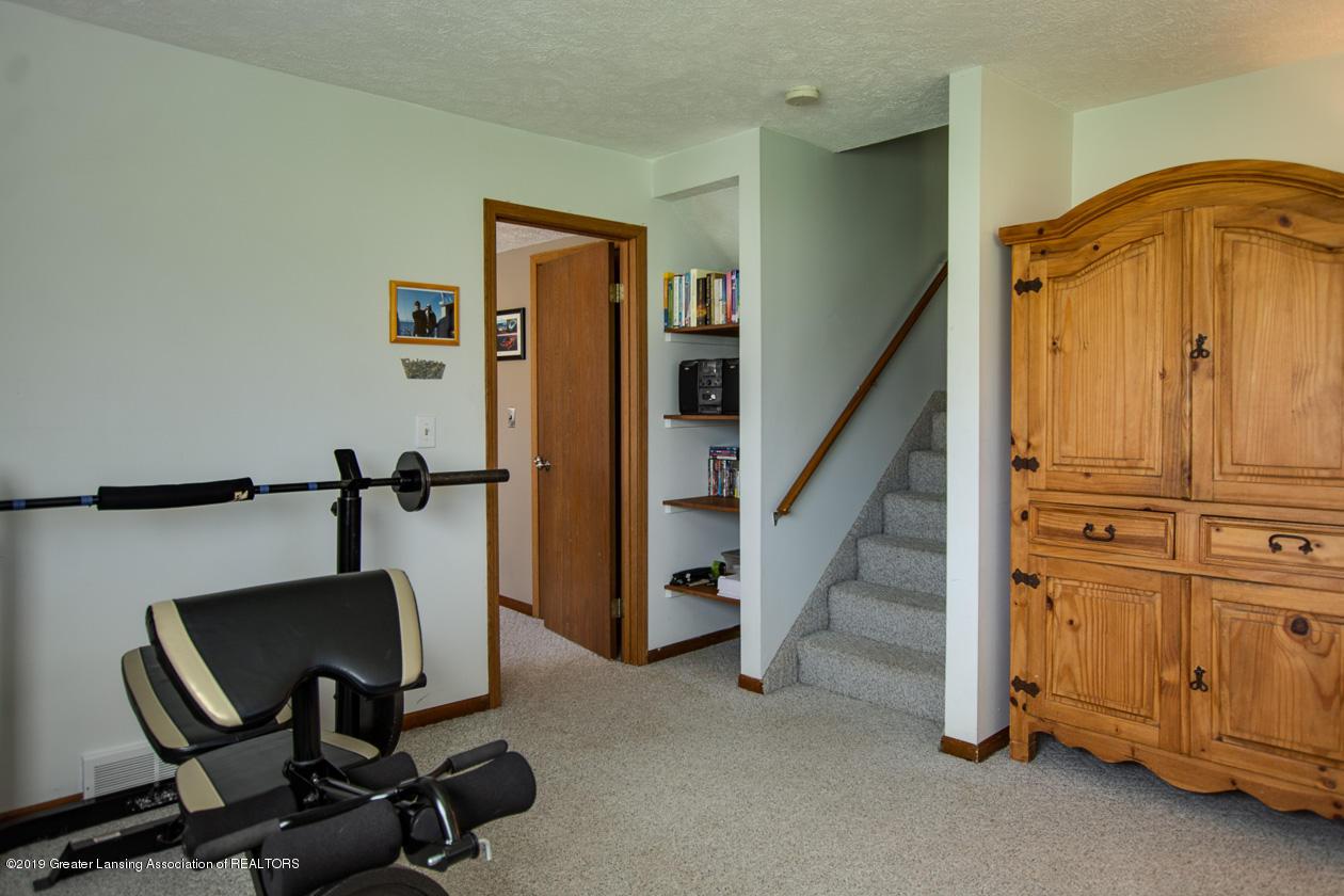 3078 Farmlane - Family Room - 17