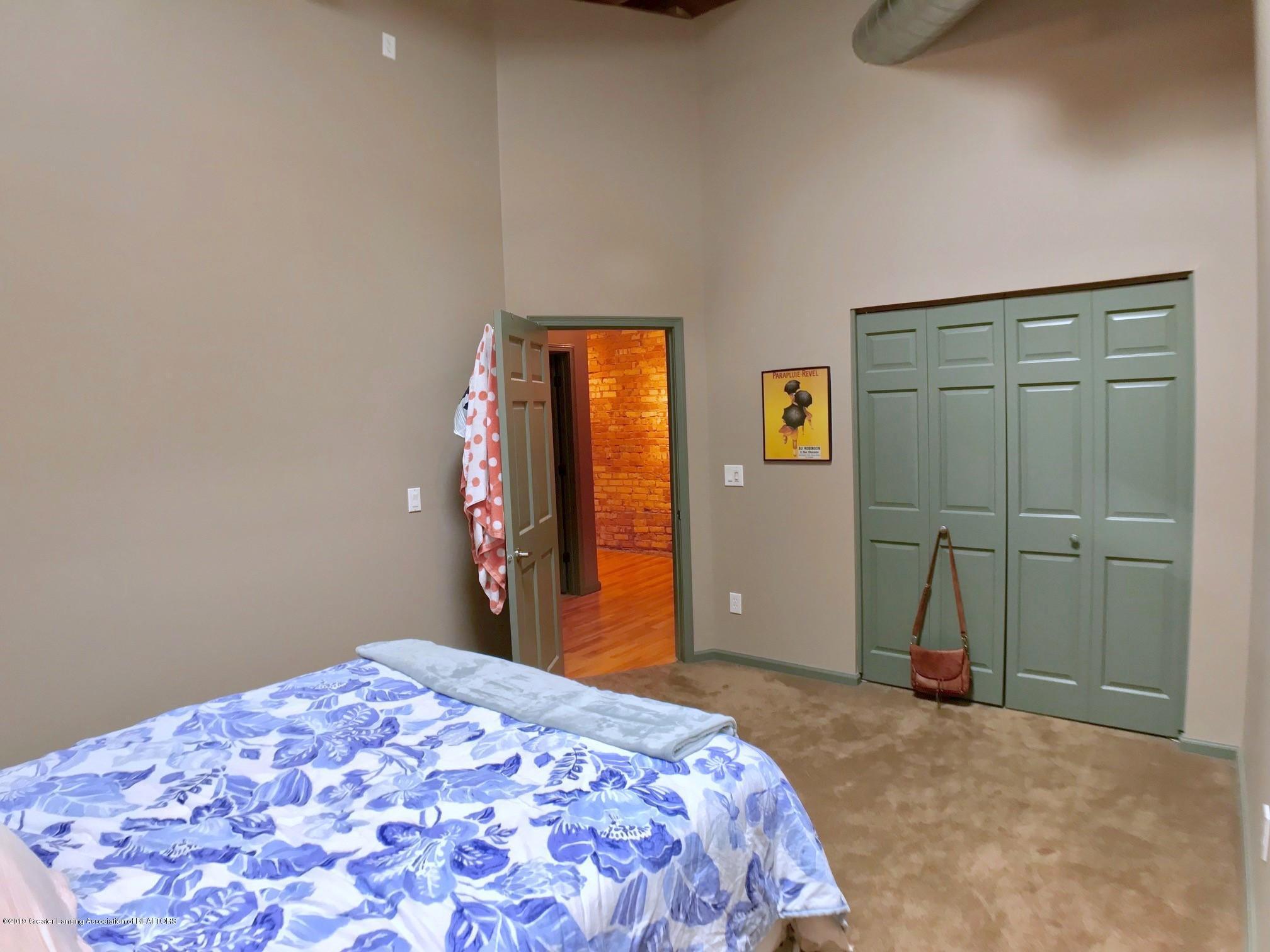 214 S Washington Square 4 - Bedroom 2 - 15