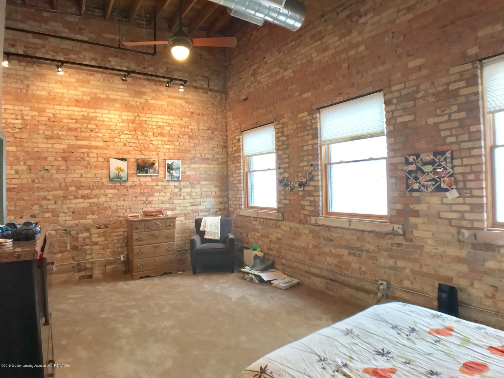 214 S Washington Square 4 - Master Bedroom - 19