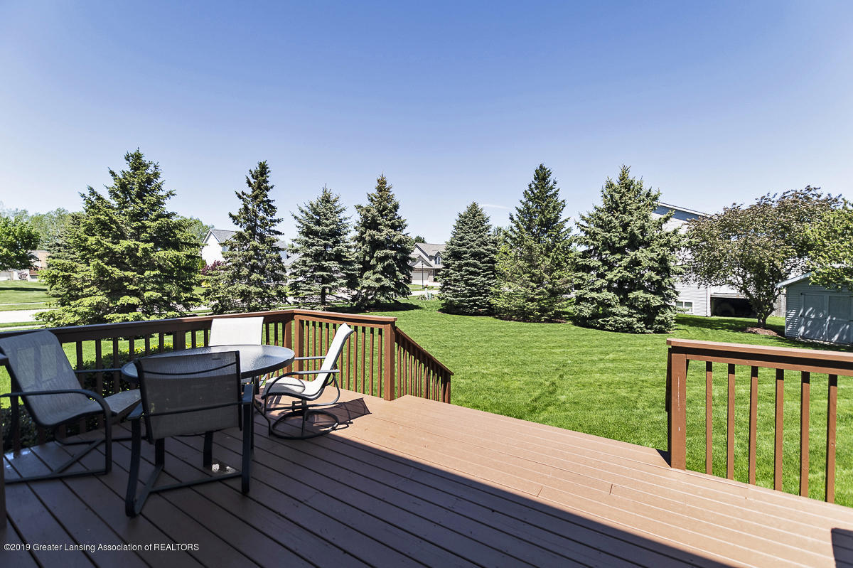3560 Observatory Ln - 3560 Observatory Lane Deck and Yard - 7