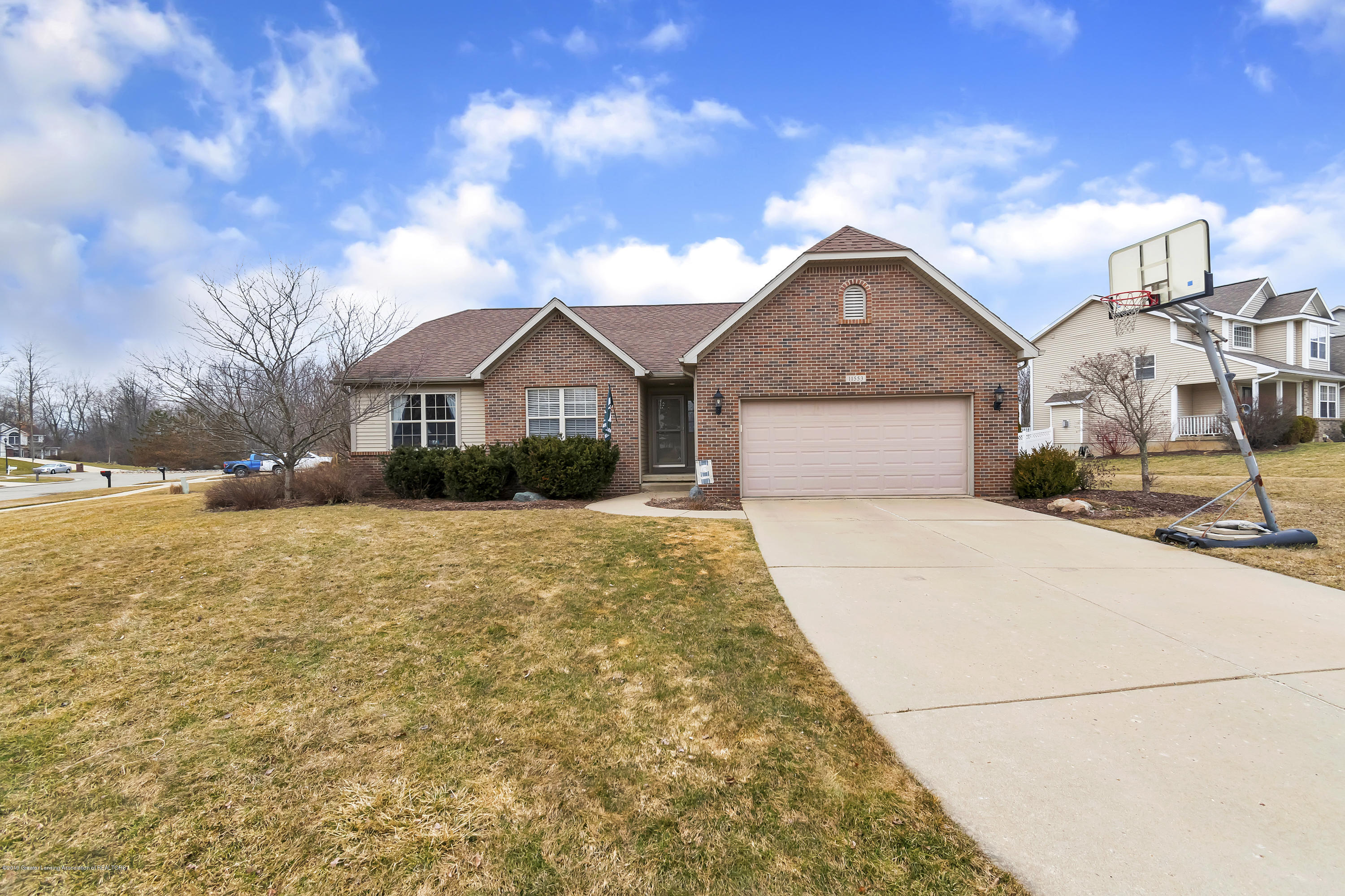 11553 Gold Fields Dr - 11553-Gold-Fields-Dr-Grand-Ledge-MI-wind - 2