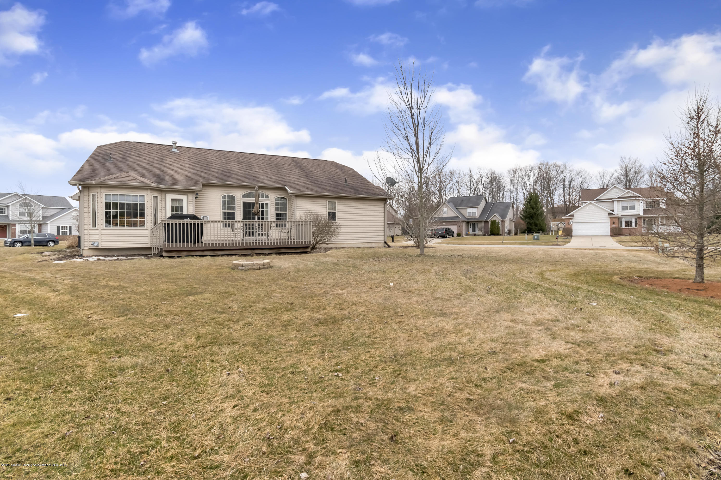 11553 Gold Fields Dr - 11553-Gold-Fields-Dr-Grand-Ledge-MI-wind - 35