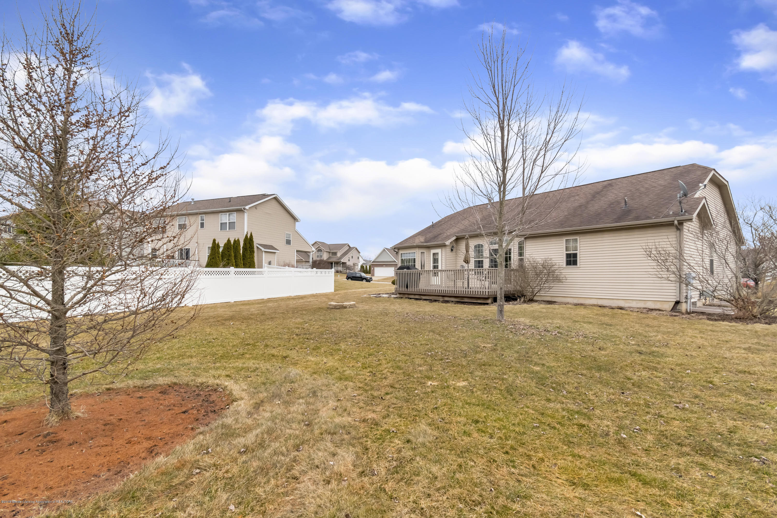 11553 Gold Fields Dr - 11553-Gold-Fields-Dr-Grand-Ledge-MI-wind - 36