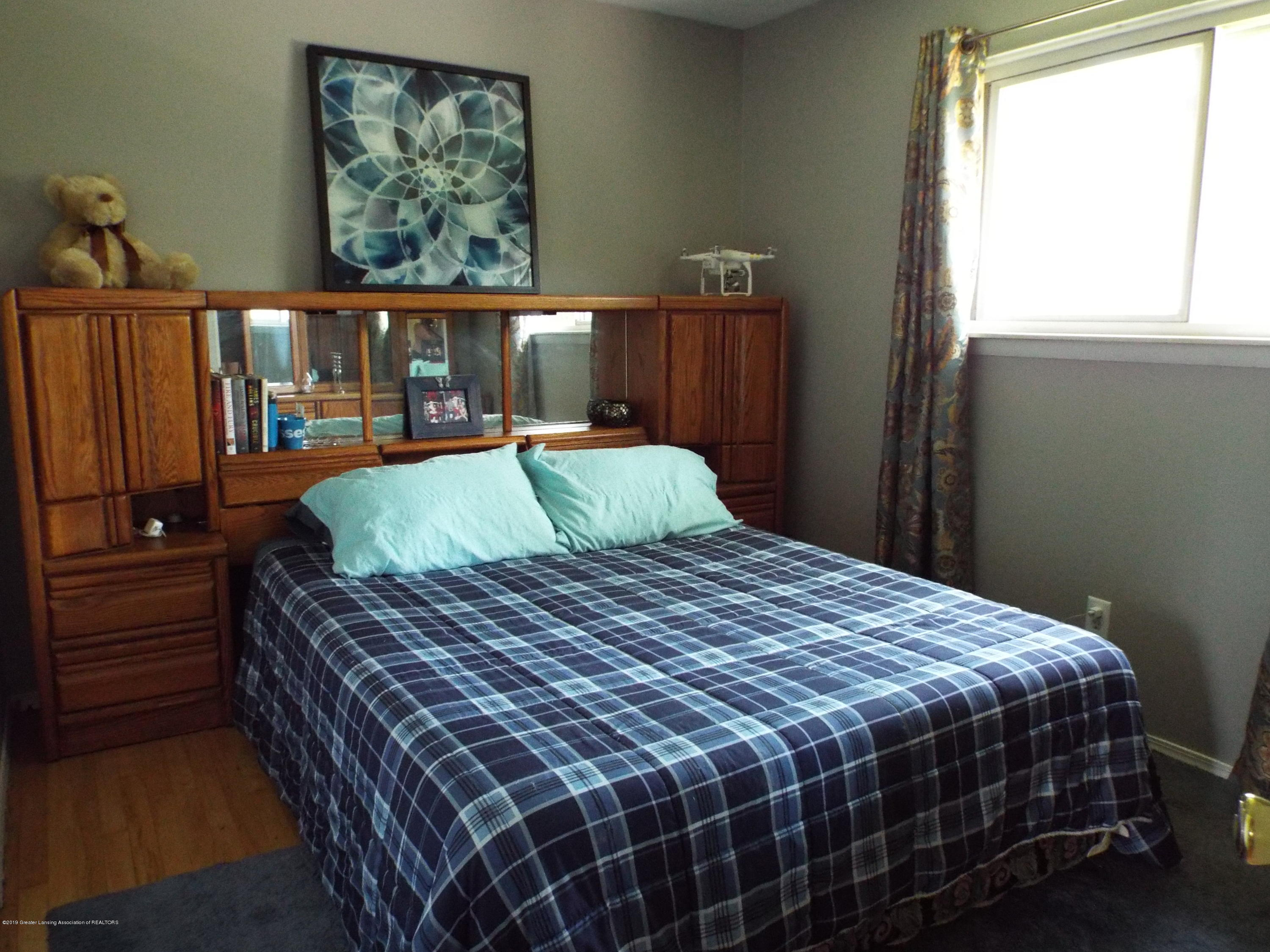 3700 Wedgewood Dr - Master Bedroom - 11