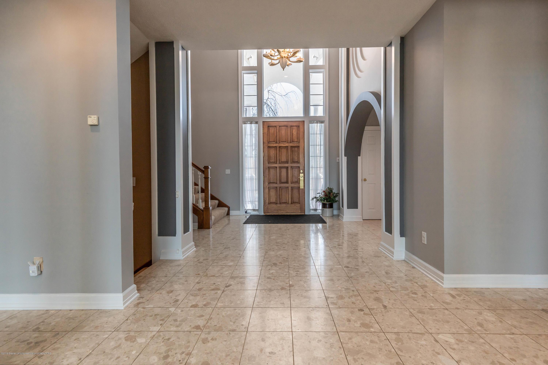 1325 N Waverly Rd - Foyer - 8