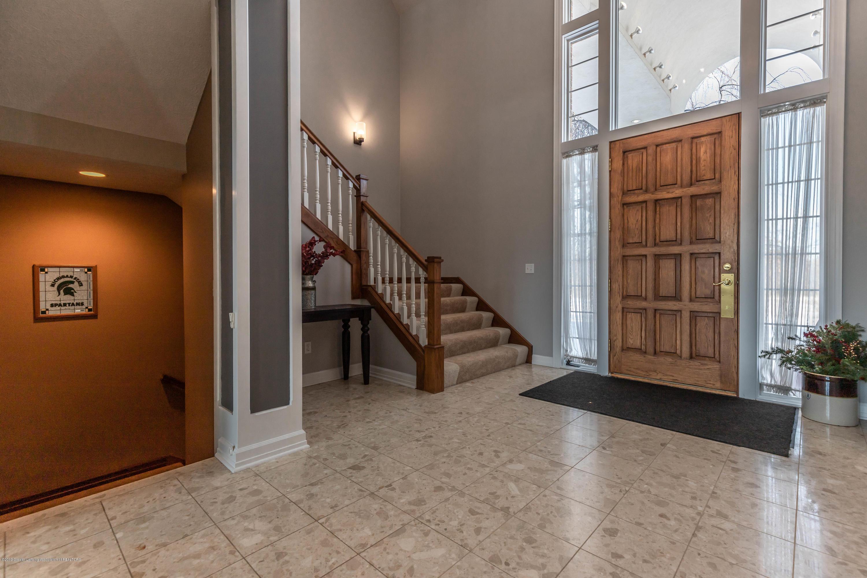 1325 N Waverly Rd - Foyer - 9
